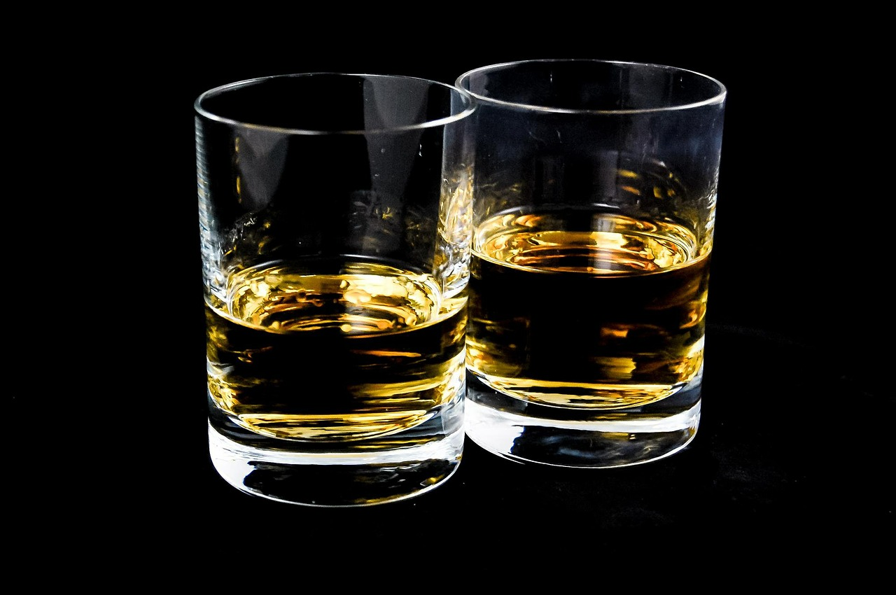 Why people turn to alcohol when in pain